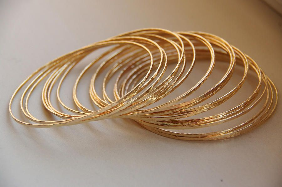Set Of 20 Thin Skinny Glamorous 14k Gold Filled Hand Hammered Textured Bangle Bracelet