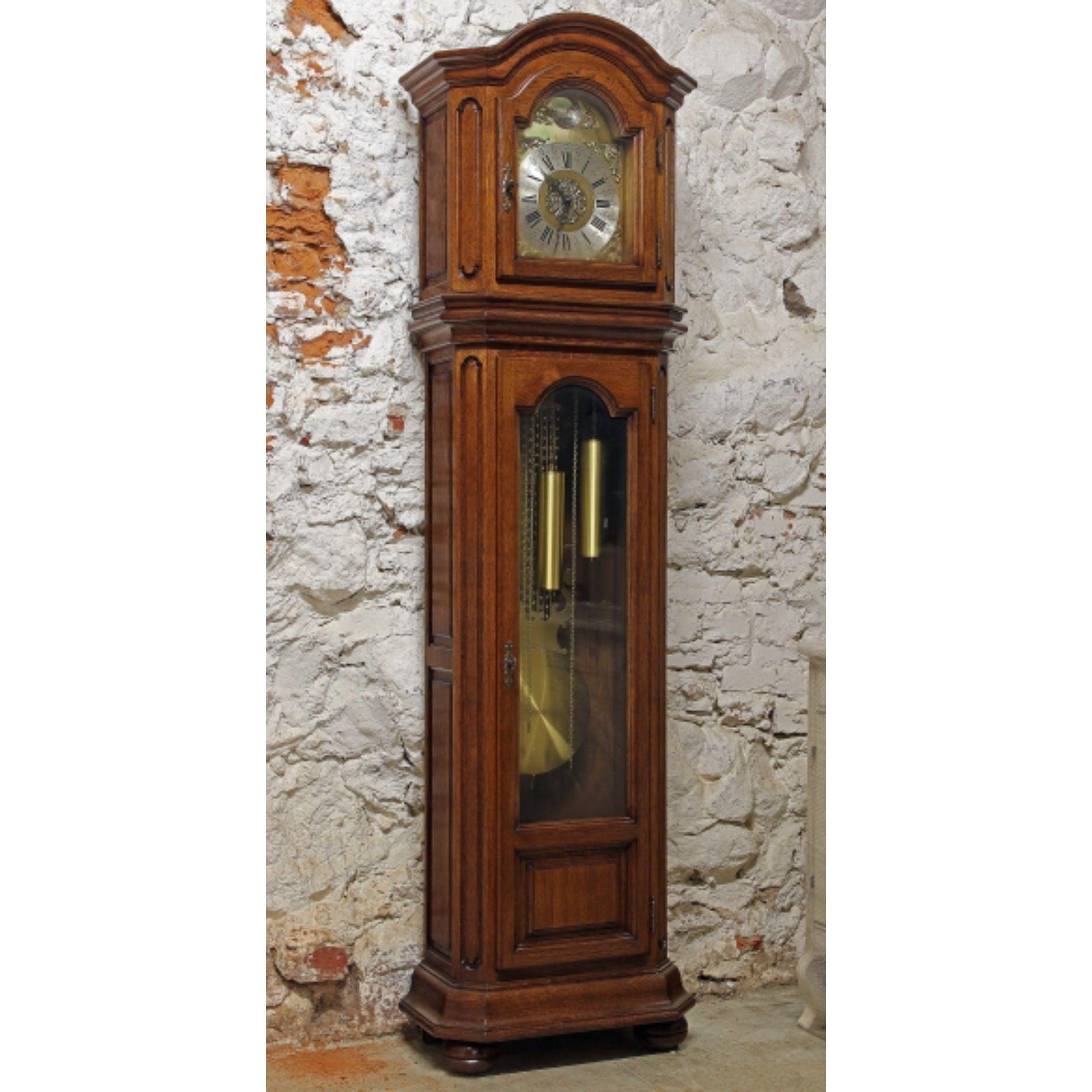 Часы продам напольные старинные репетитора по биологии стоимость часа