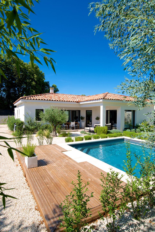 villa mas provence ligne contemporaine maison en 2019. Black Bedroom Furniture Sets. Home Design Ideas