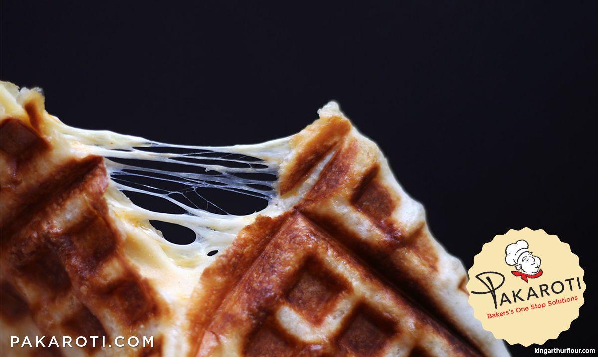 Ibarat Kanvas Kosong Adonan Waffle Begitu Mudah Dikreasikan Savoury Cheese Waffle Menjadi Salah Satu Contohnya Waffle Ini Menambahkan Bah Waffle Adonan Gula