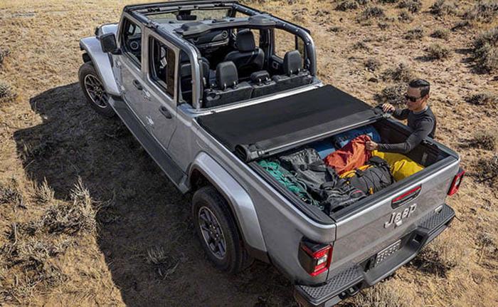2020 Jeep Truck Wrangler Gladiator Release Date With Images Jeep Gladiator Pickup Trucks Trucks