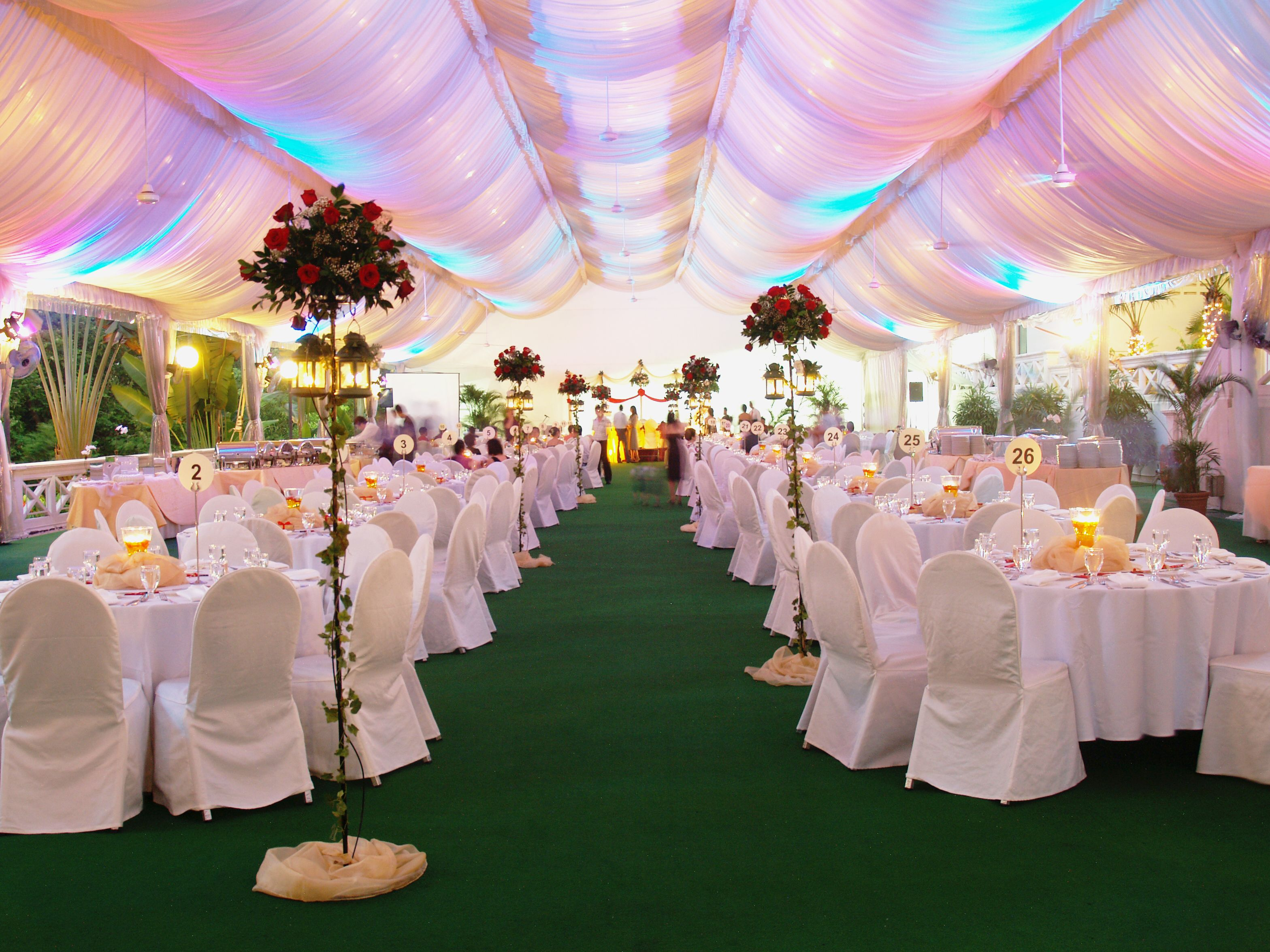 Weddings In The Park Outdoor Celebrations Under Marquee