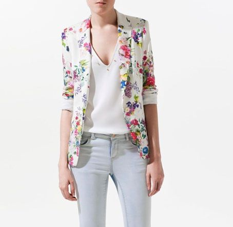 Women's clothing fashion flroal printing slim suit suit button women white blazer coat real photo is part of Trendy Clothes White Blazers - GenderWomen Item TypeBlazers Clothing LengthRegular Closure TypeSingle Button MaterialPolyester Sleeve LengthFull DecorationButton Pattern TypePrint CollarNotched Color As picture  S   length 56  bust 88   sleeve length 55   M   length 58  bust 92   sleeve length 56   L   length 60  bust 96   sleeve length 57