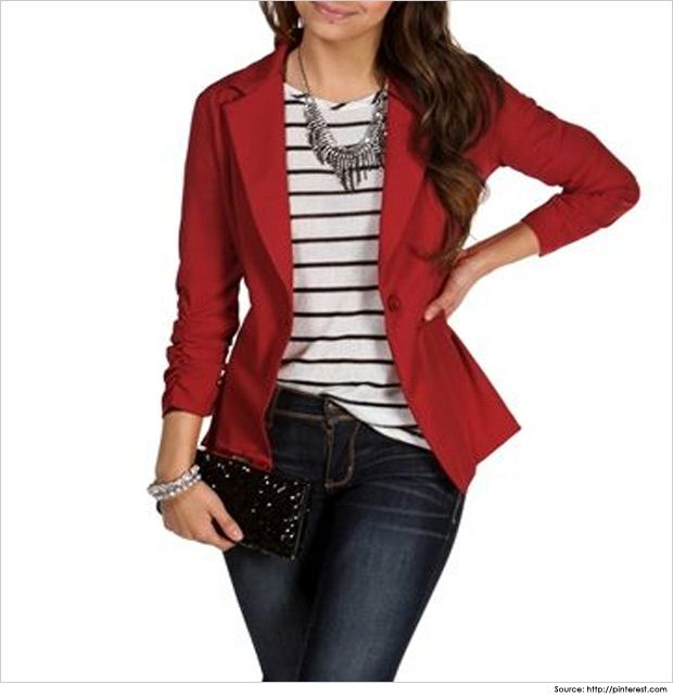 9b73470f16a33 Business Casual Wear for Women in 30 s   Casual Outfits Red Blazer Outfit,  Maroon Blazer