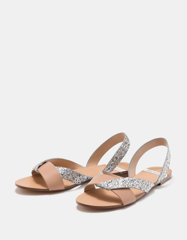 7d3c748e62c7d8 Flat sandals with contrasting shimmer straps - SHOES - Bershka United States