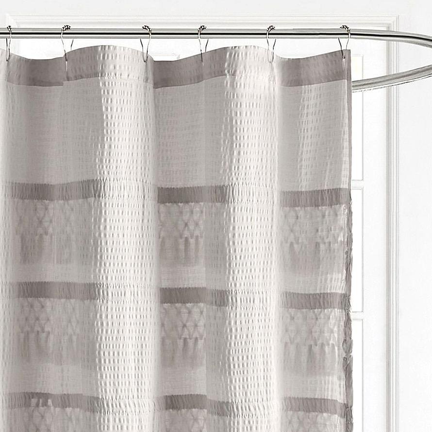 Madison Park Amaya Cotton Seersucker With Tassel Shower Curtain In