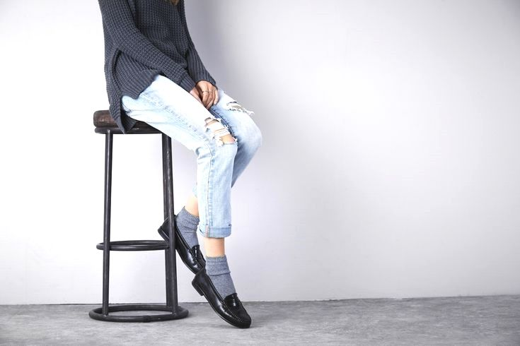 725794cf526 Discover ways to choose and combine loafers by using things as part of your  outfits