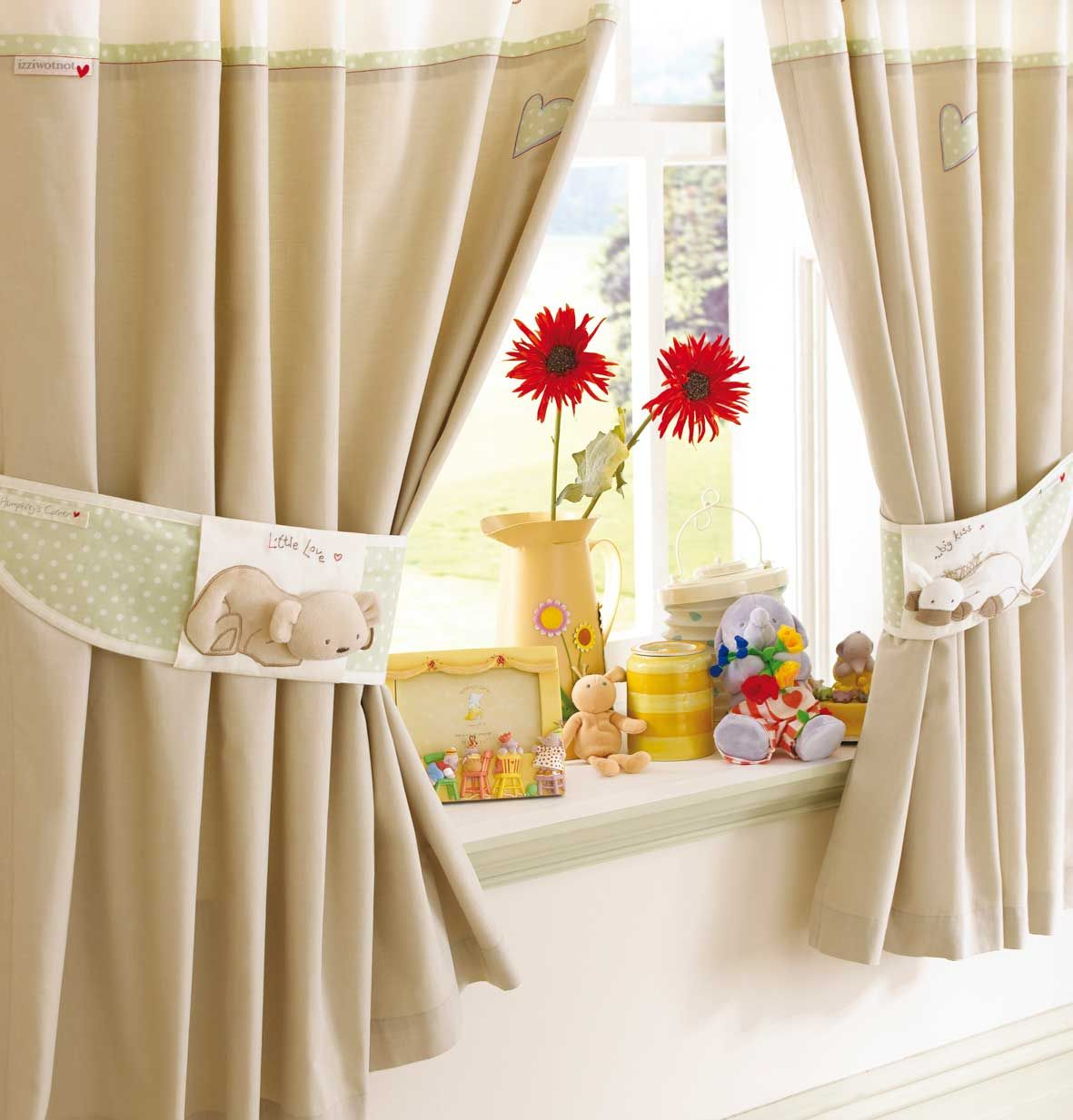 1000+ images about Pretty ute urtains n Drapes on Pinterest - ^