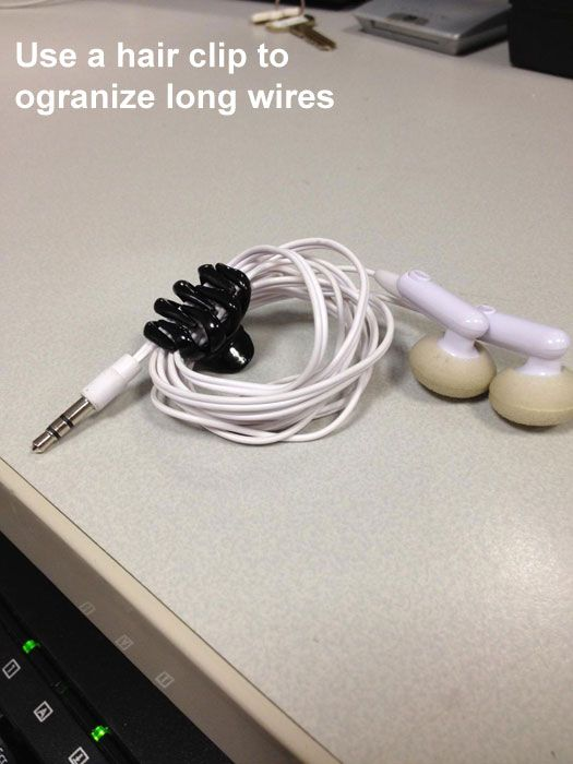 user a hair clip to orgainize long wires