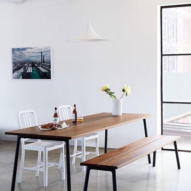 table et banc de la collection run de sam hecht et kim colin pour emeco en aluminium laqu. Black Bedroom Furniture Sets. Home Design Ideas