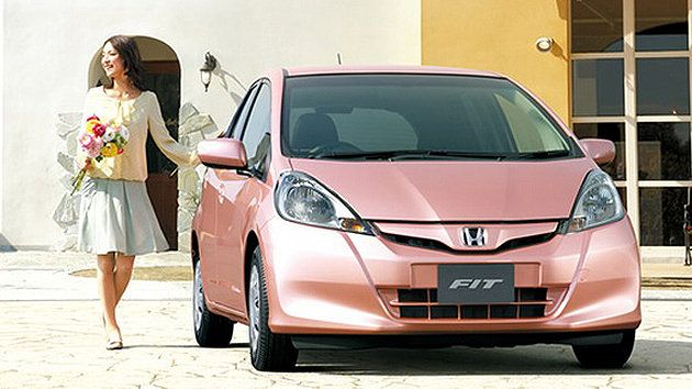 Honda Fit She S The World S Only Car Aimed Exclusively At Women Honda Fit Honda Pink Car