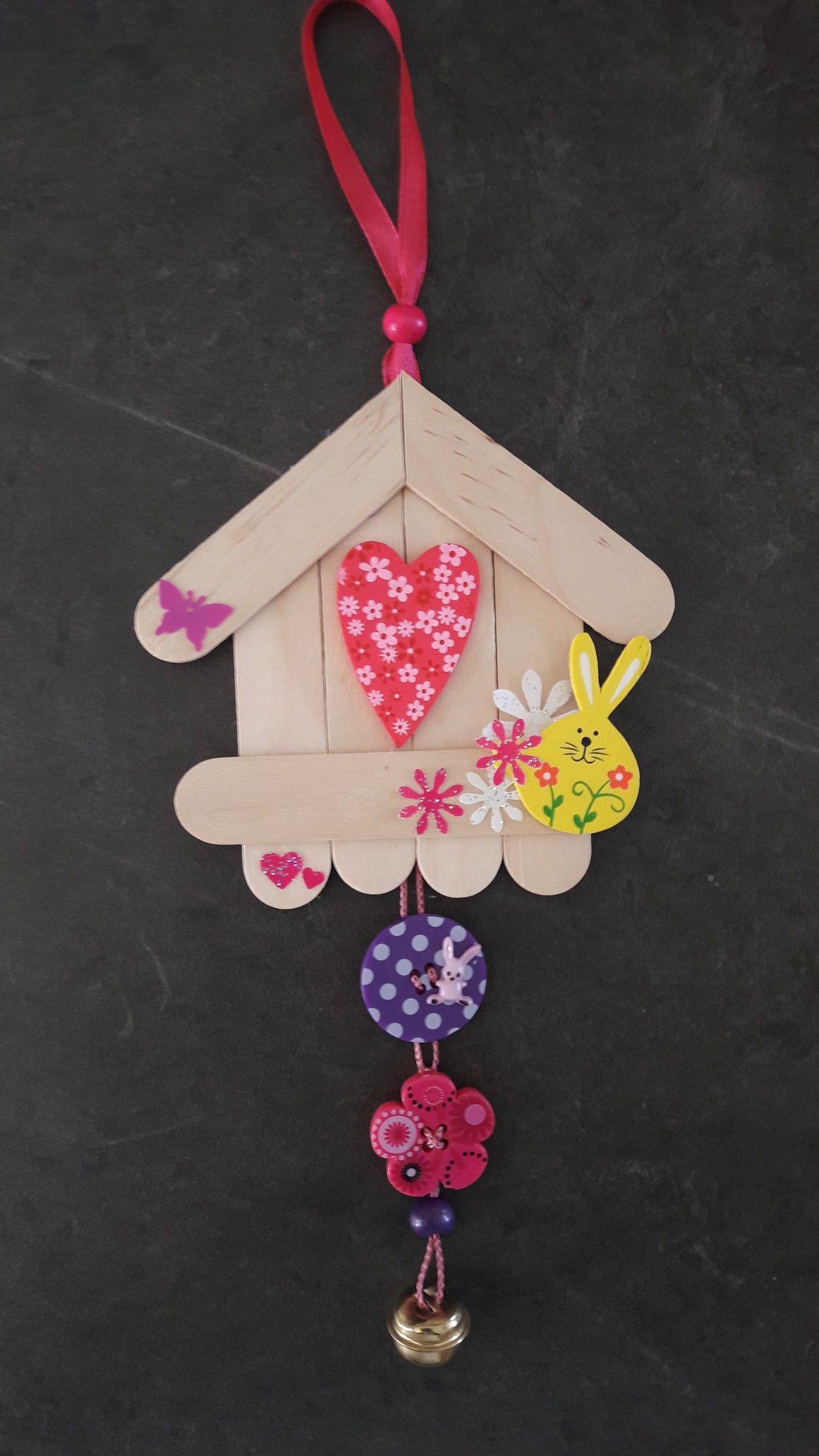 Petite suspension avec des b tonnets regalos para jardin pinterest manualidades bricolaje - Manualidades y bricolaje ...