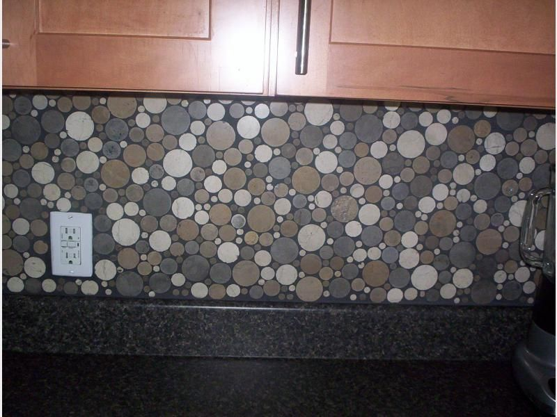 KINETIC AMBER CIRCLES Backsplash