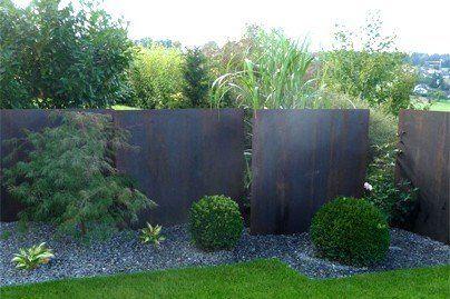 hecken oder gepflanzter sichtschutz aber auch gabionen. Black Bedroom Furniture Sets. Home Design Ideas