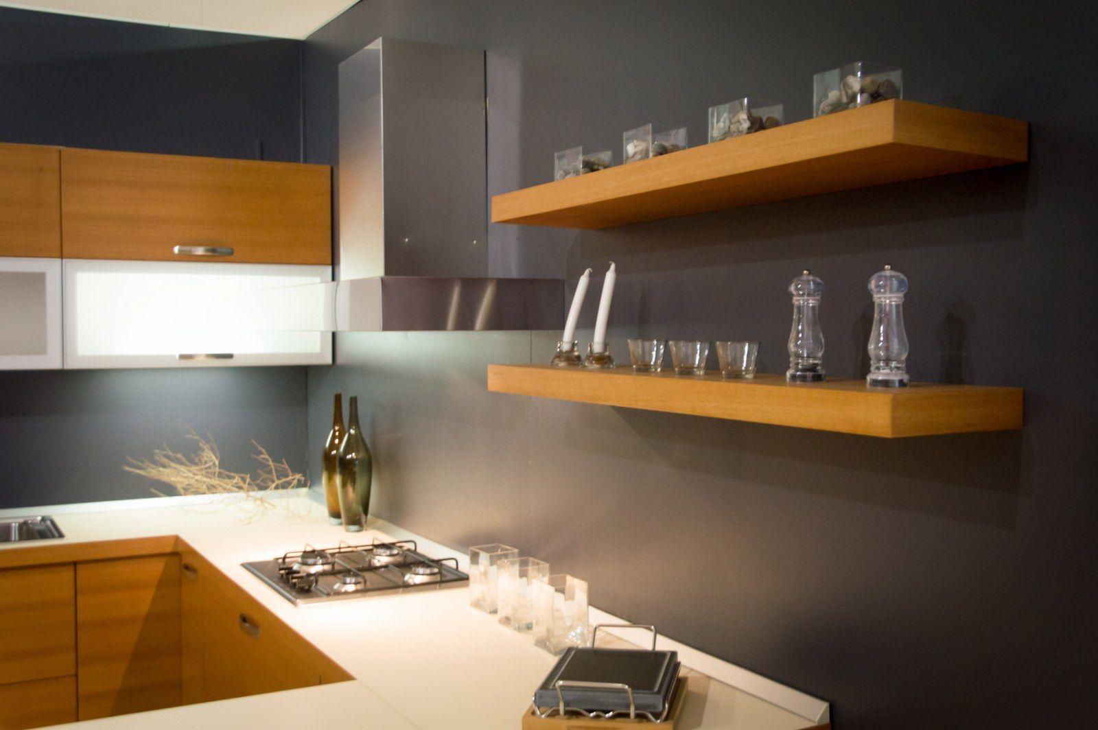 Line Teak - Cucina con anta in legno multistrati placcato in legno ...