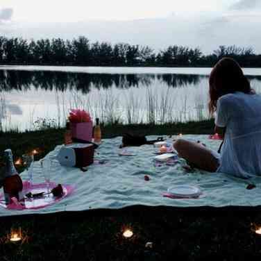 The Perfect Date For Your Partner (According To Their Zodiac Sign)
