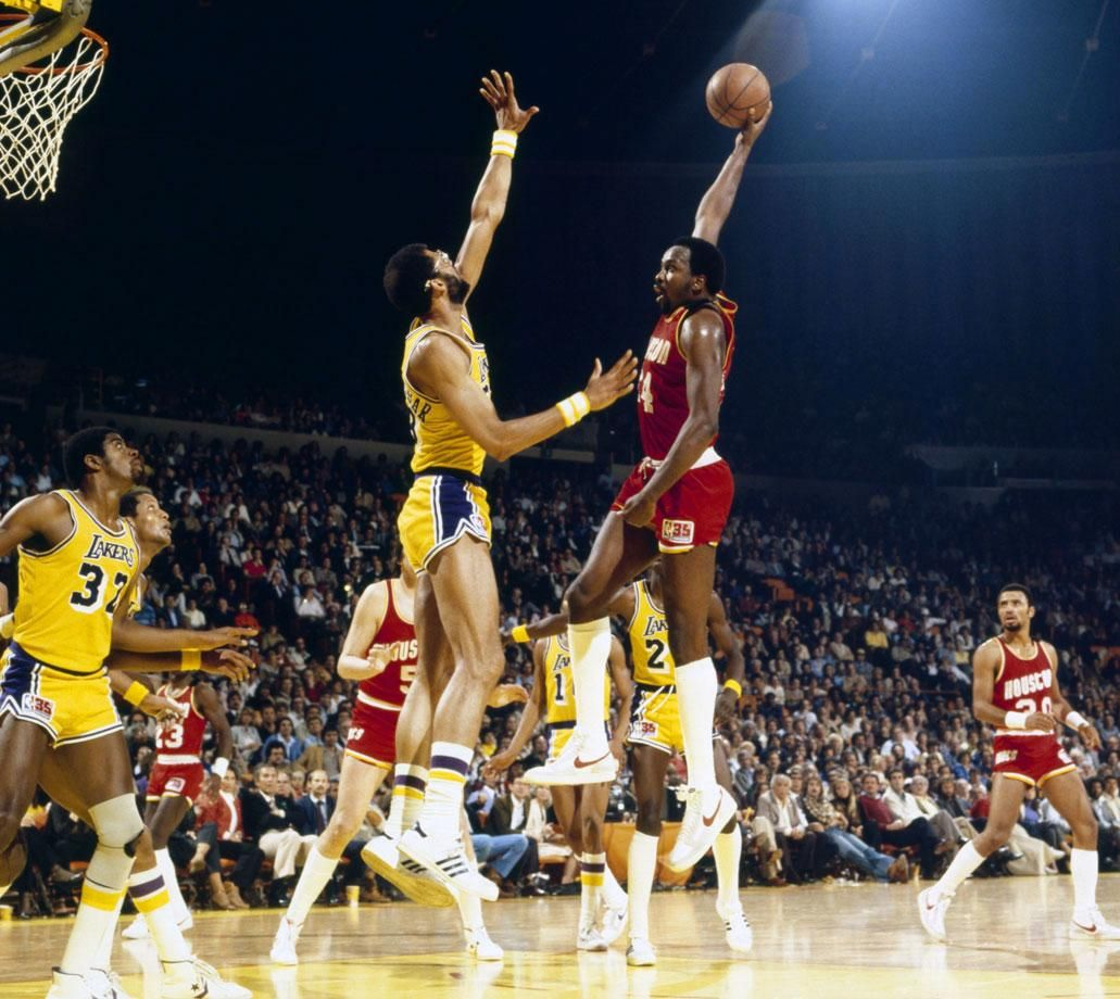 Classic SI Photos of Moses Malone Moses malone