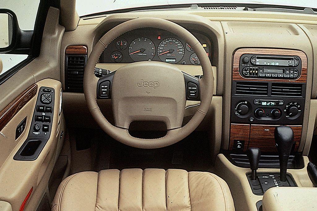199904 Jeep Grand Cherokee Consumer Guide Auto 04