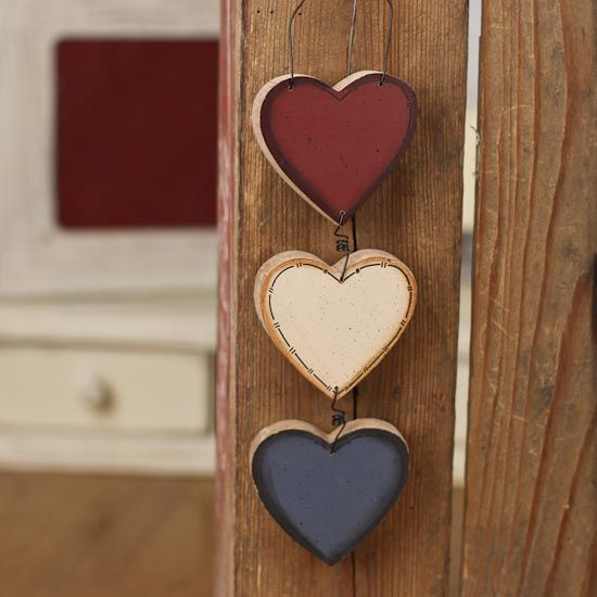 Primitive Americana Hearts Ornament  <3