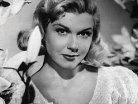 Doris Roberts, actress (Everybody Loves Raymond) | Dory, Classic ...