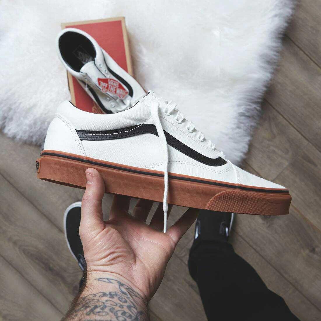 chaussure homme vans gris