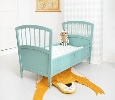 Baby En Peuterbed.Vintage Baby Peuterbed Feestrijk Bb Vintage Pinterest