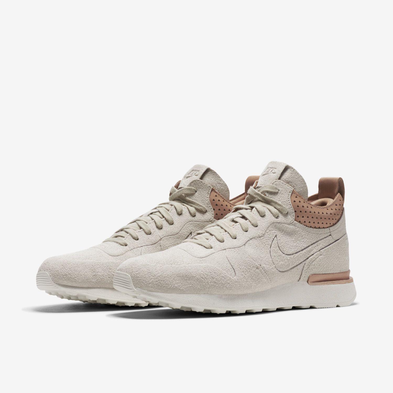 buy popular e28ad 8ea35 NikeLab Internationalist Mid Royal Men s Shoe. Nike.com FI