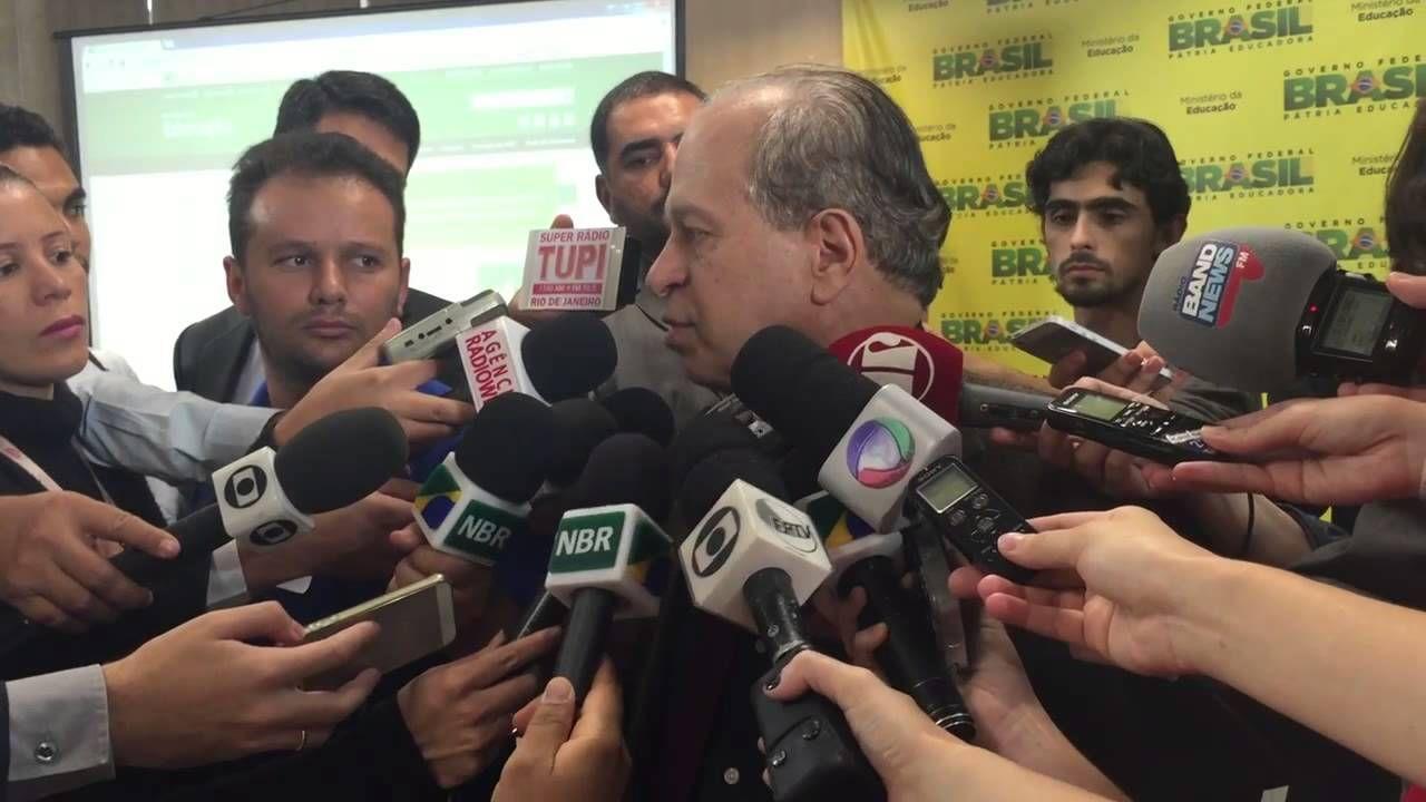 MINISTRO DA EDUCAçãO ANUNCIA MUDANçAS NO ENEM 2015   YOUTUBE 0