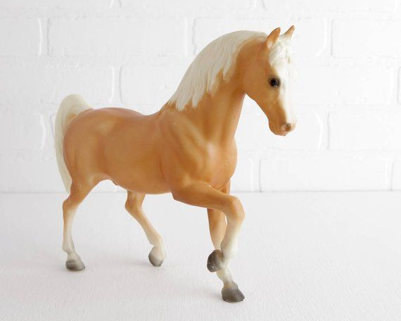 breyer Vintage Family Arabian Stallion