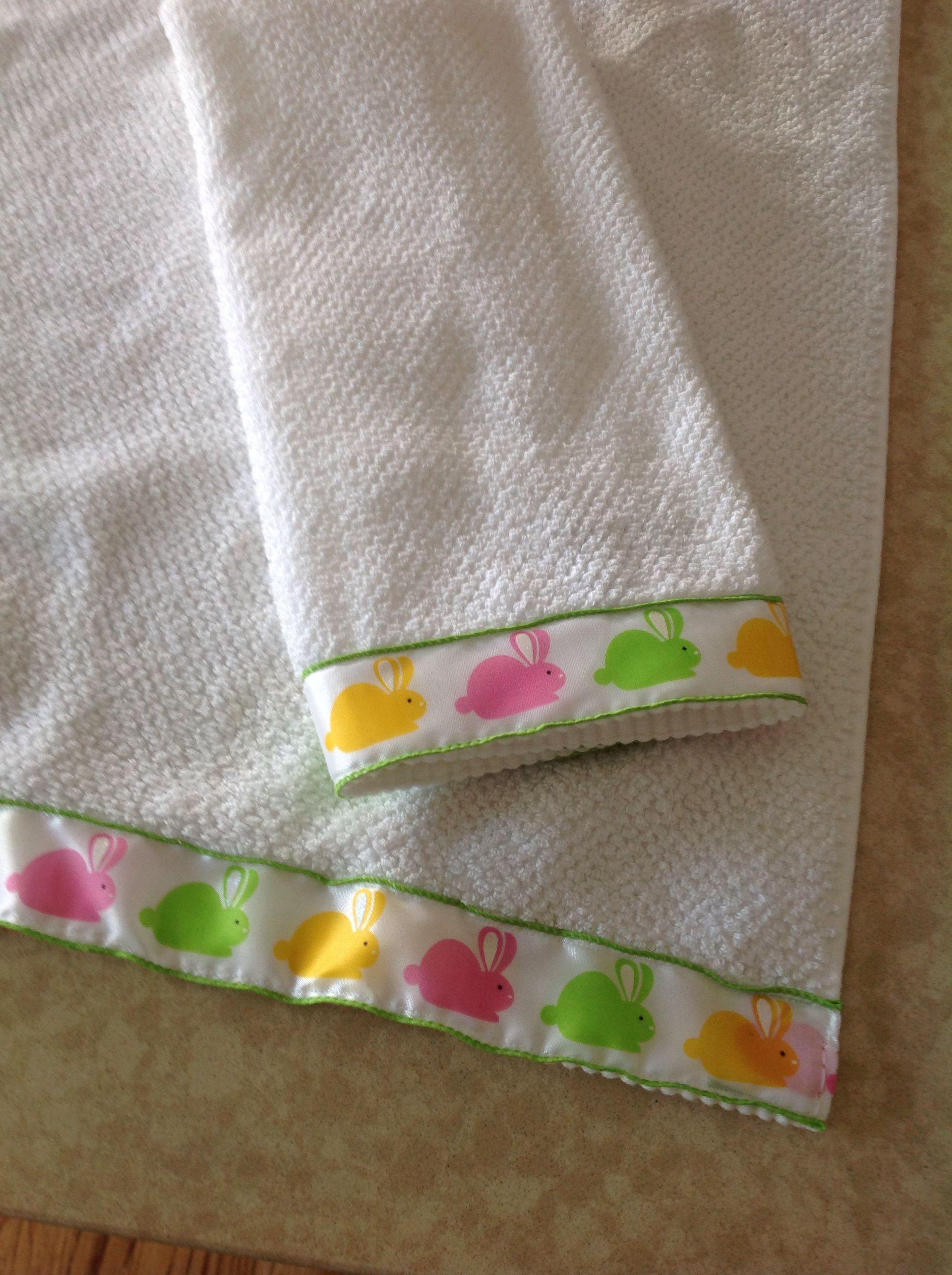 Easter Hand Towels With Images Hand Towels Easter Towel