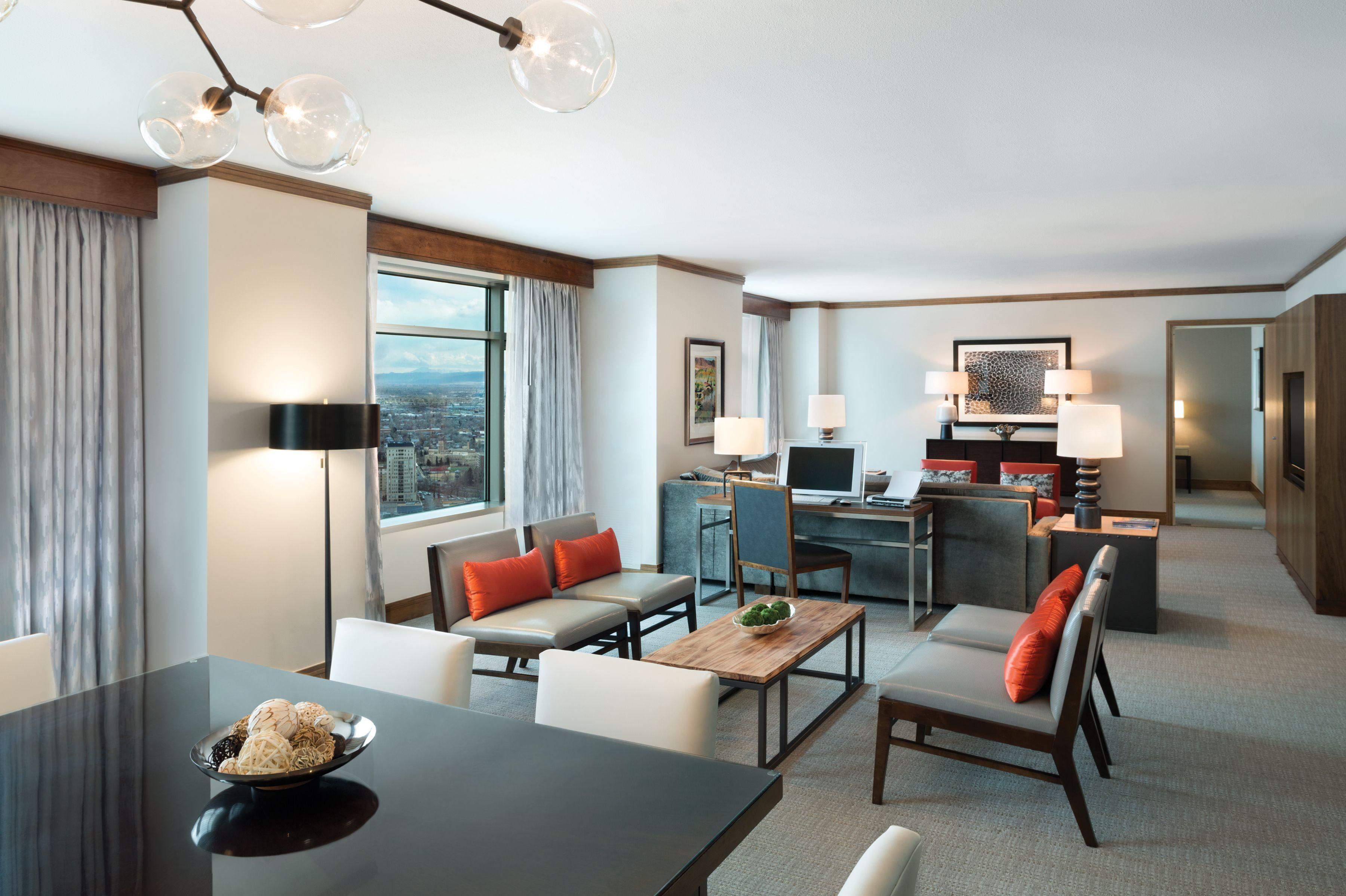Bristlecone Suite 1 440 Sq Ft Hyatt Regency Denver Denver