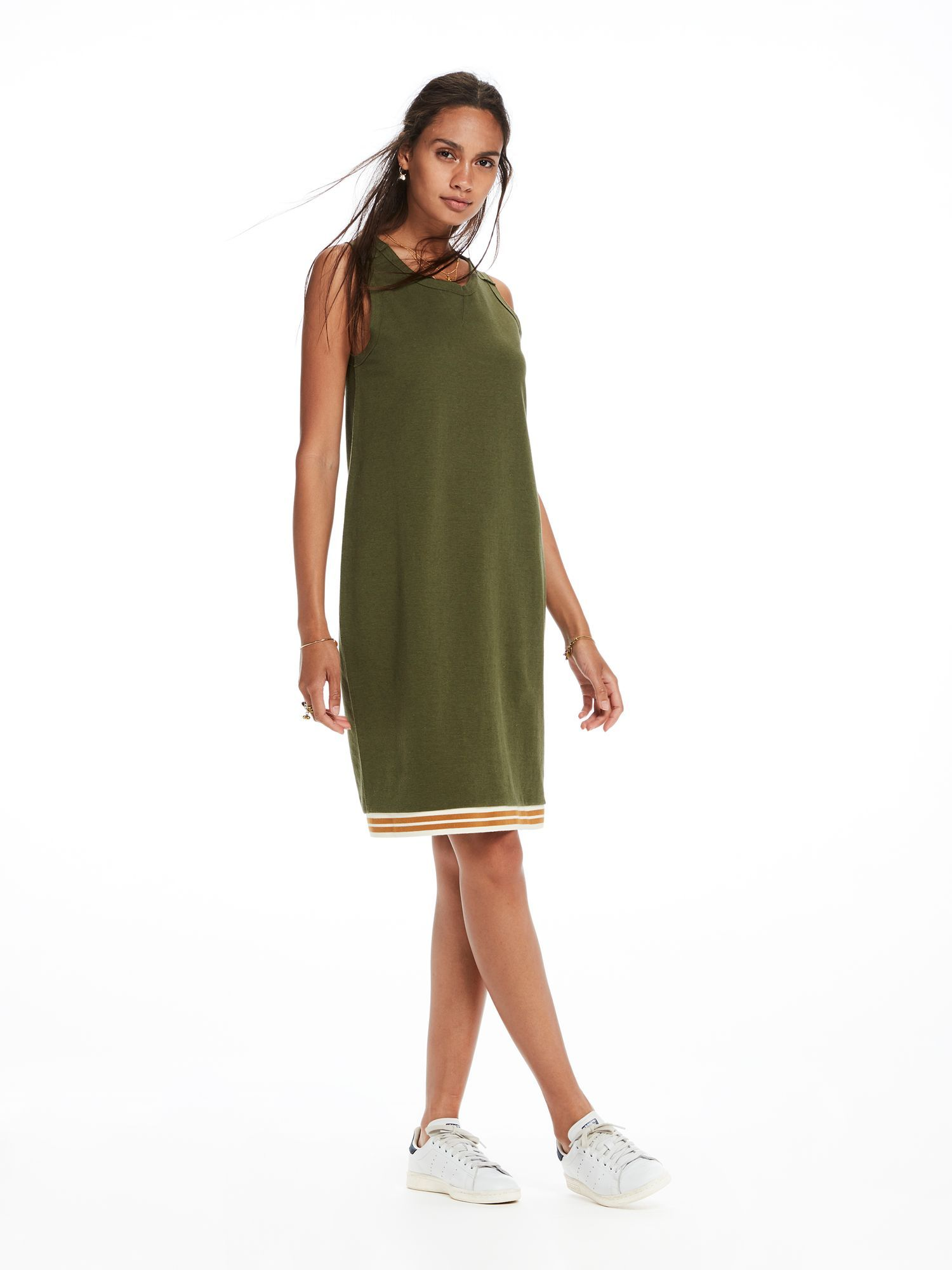 7f283e028e11 Sweat dress with raw edge details