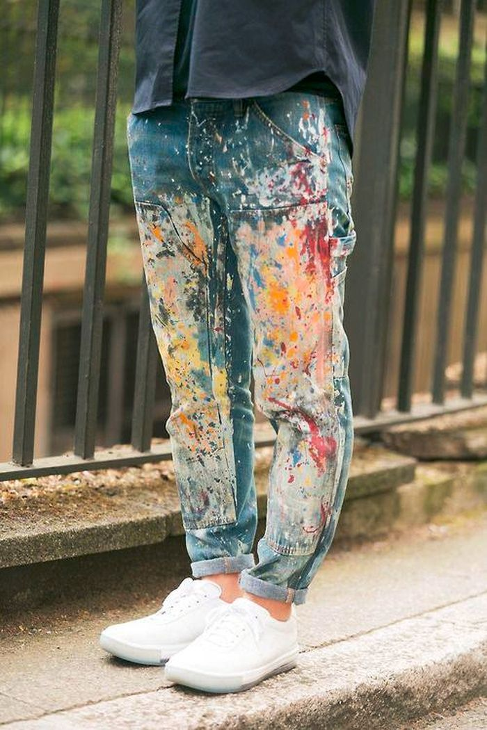 Trending - Paint Splattered Jeans