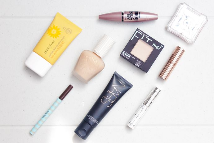 My March Makeup Menu includes perfect base, perky pink cheeks, classic eyes, and a touch of matte lipstick on top of glowing skin.
