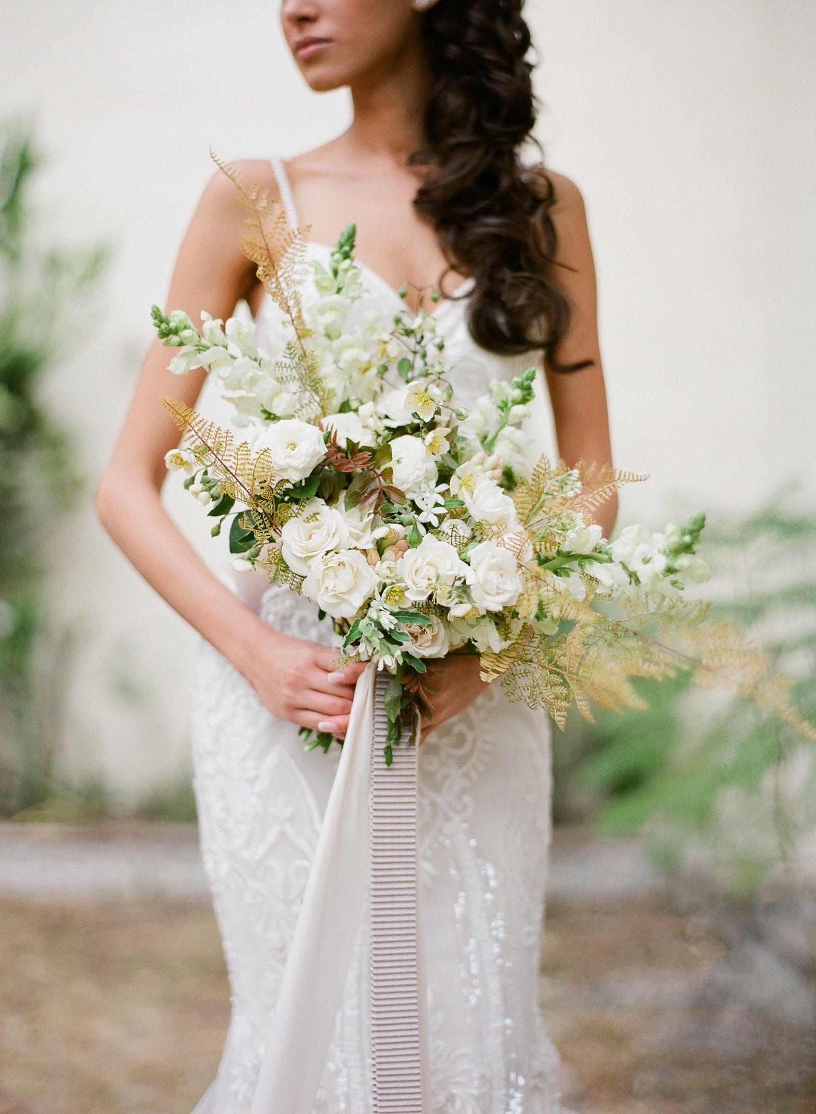 Toronto | Whitney Heard Photography | Sarah Winward Florals | Richard Photo Lab | Glia Lahav | Mar Romero | Romantic | Wild { Wedding } Bouquet |