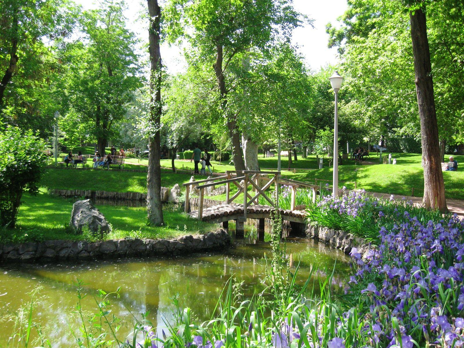 Visit Lover S Park Yerevan Public Garden Park Yerevan