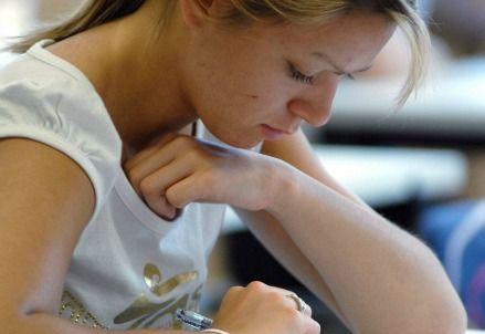 SCUOLA/ Per sceglierla bene rileggiamo Guareschi http://www.ilsussidiario.net/News/Educazione/2014/1/12/SCUOLA-Per-sceglierla-bene-rileggiamo-Guareschi/458280/