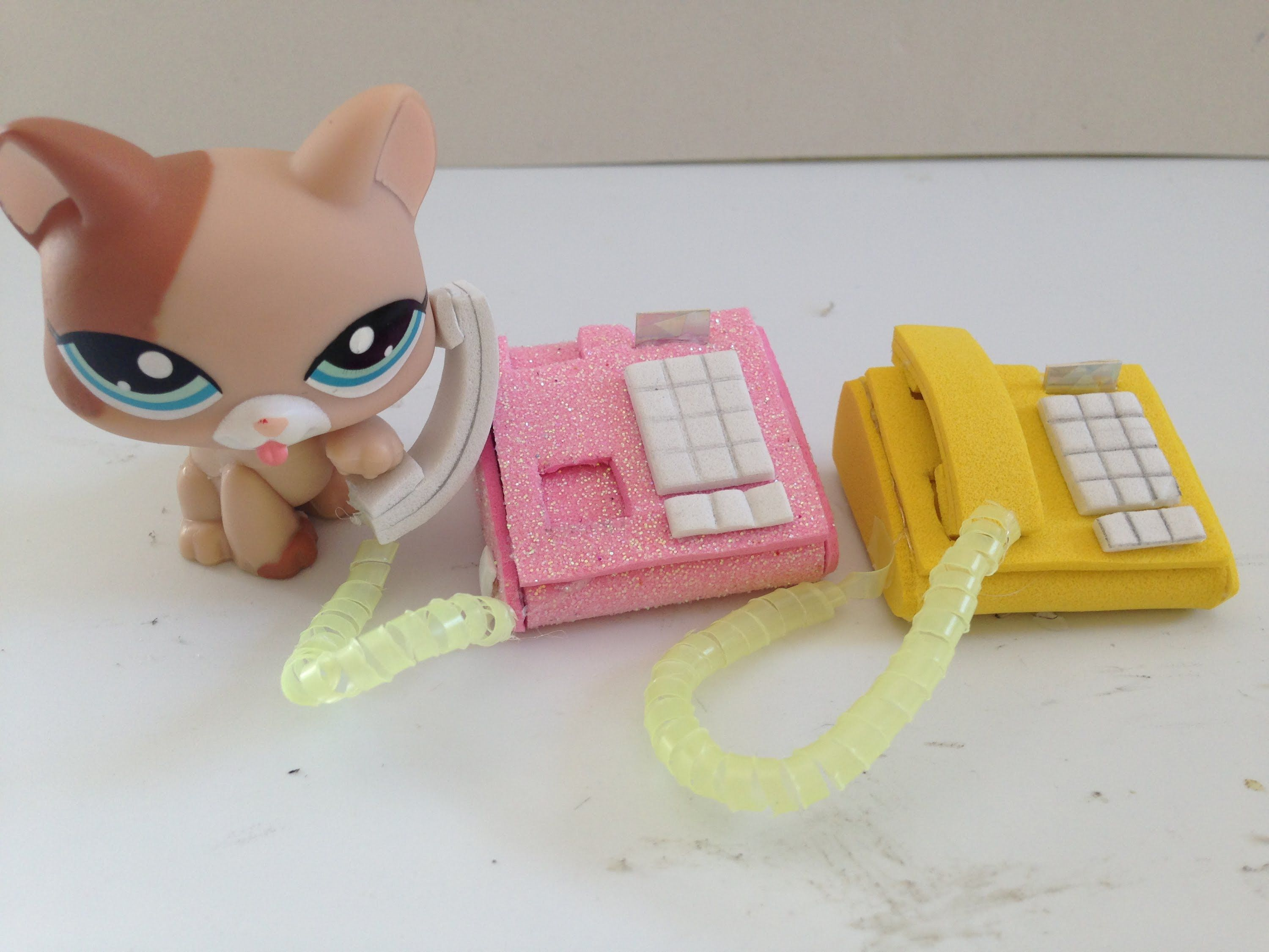How To Make A Lps Doll Phone Lps Accessories Lps Accessories Lps Diy Accessories Lps Crafts