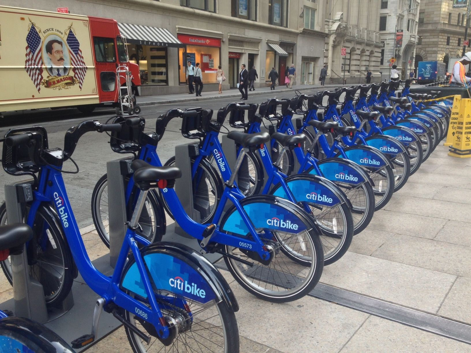 New York City Has Hopped On The Bike Share Bandwagon With Useful