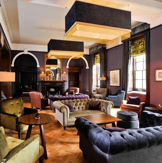 The Grand Bar Inside The 5 Very Grand Hotel Spa York Trang Tri Phong Khach