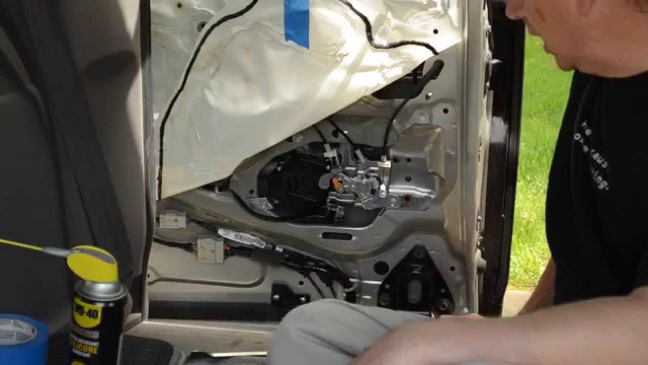 Honda Odyssey Sliding Door Repair Actuator Assembly Lubrication Repair Http Www Strictlyforeign Biz Default Asp Honda Odyssey Door Repair Repair
