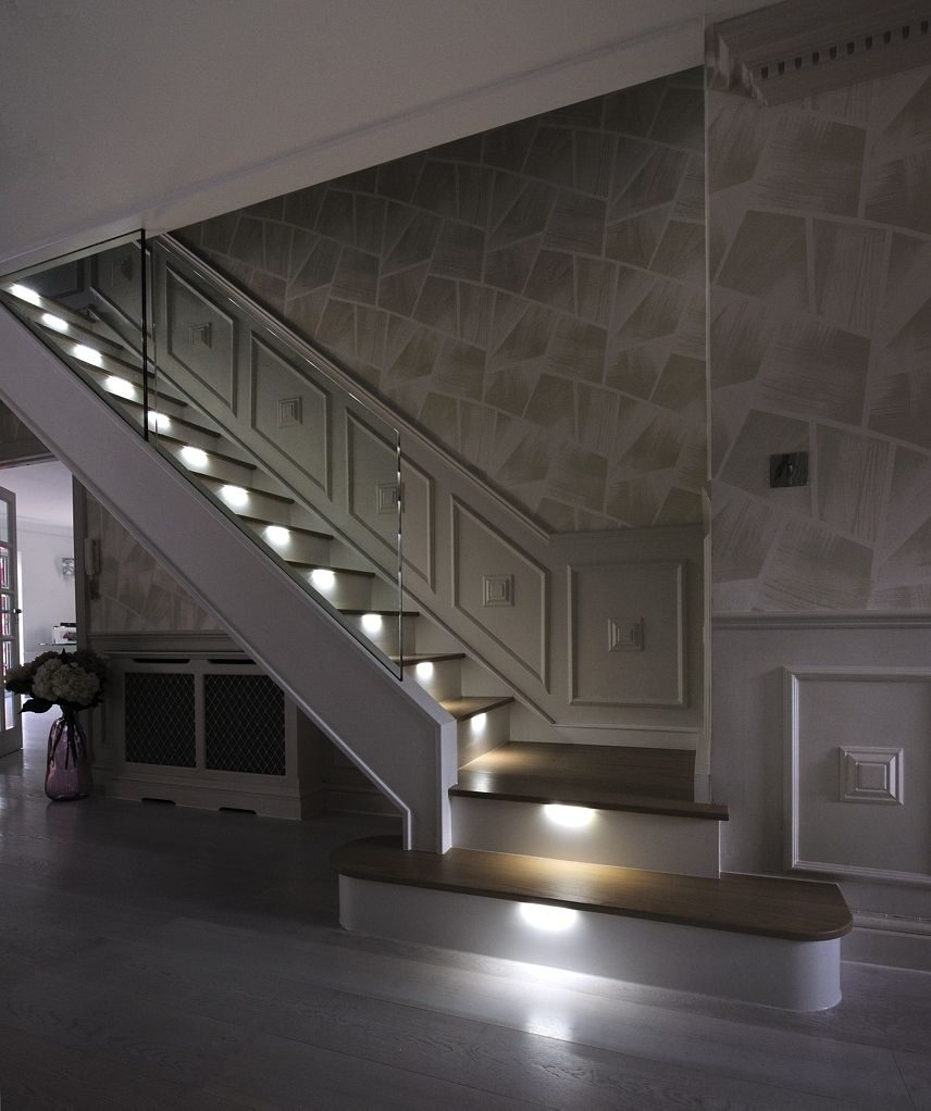 7 Ultra Modern Staircases: An Ultra-modern Staircase In Light Oak With LED Lights