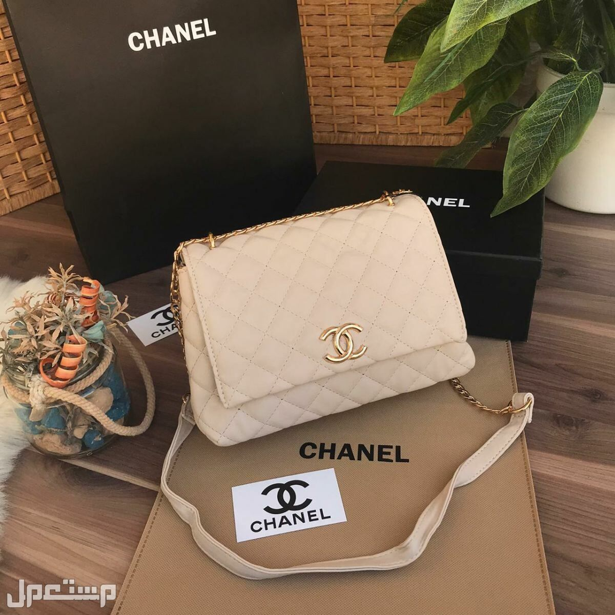 Pin By Flana7 On ه In 2021 Shoulder Bag Chanel Classic Louis Vuitton Damier