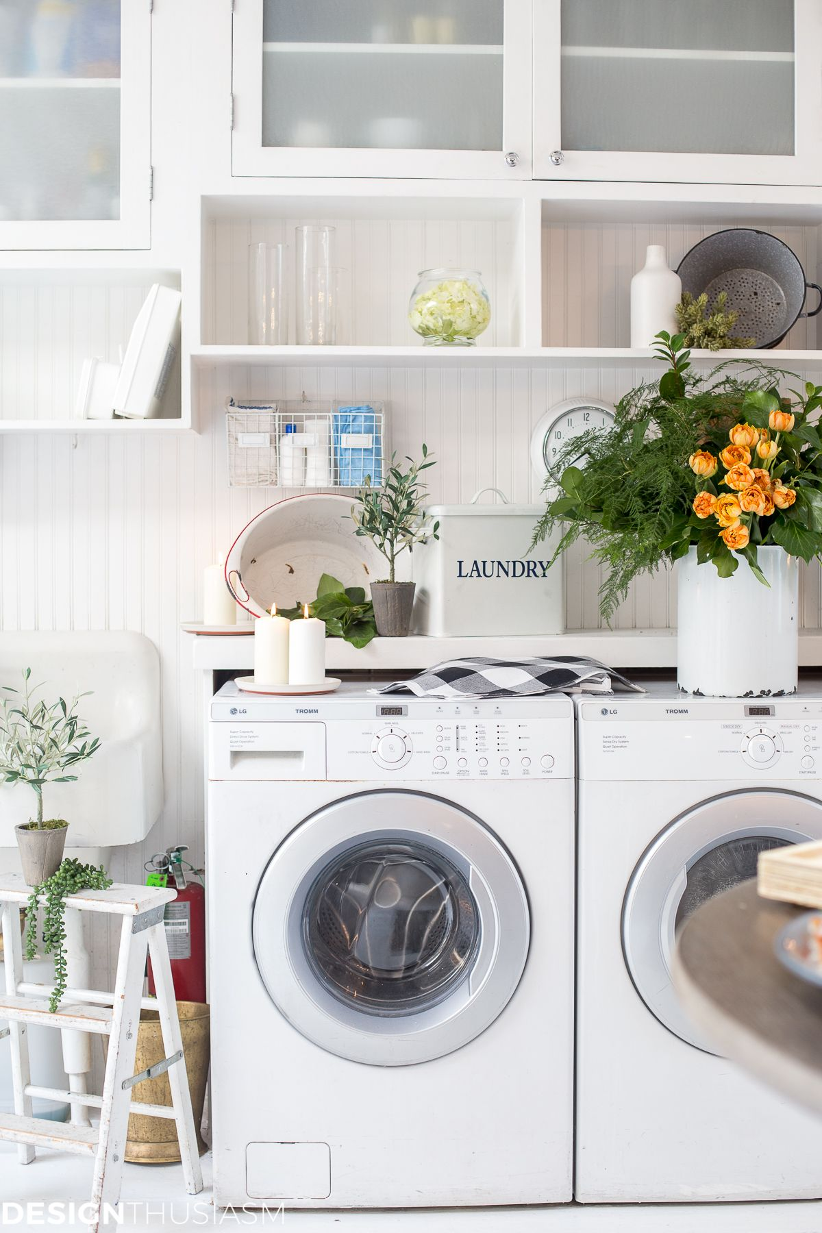 Farmhouse Chic Discovering A New Source For Modern Farmhouse Decor Modern Farmhouse Decor Farmhouse Chic Stylish Laundry Room