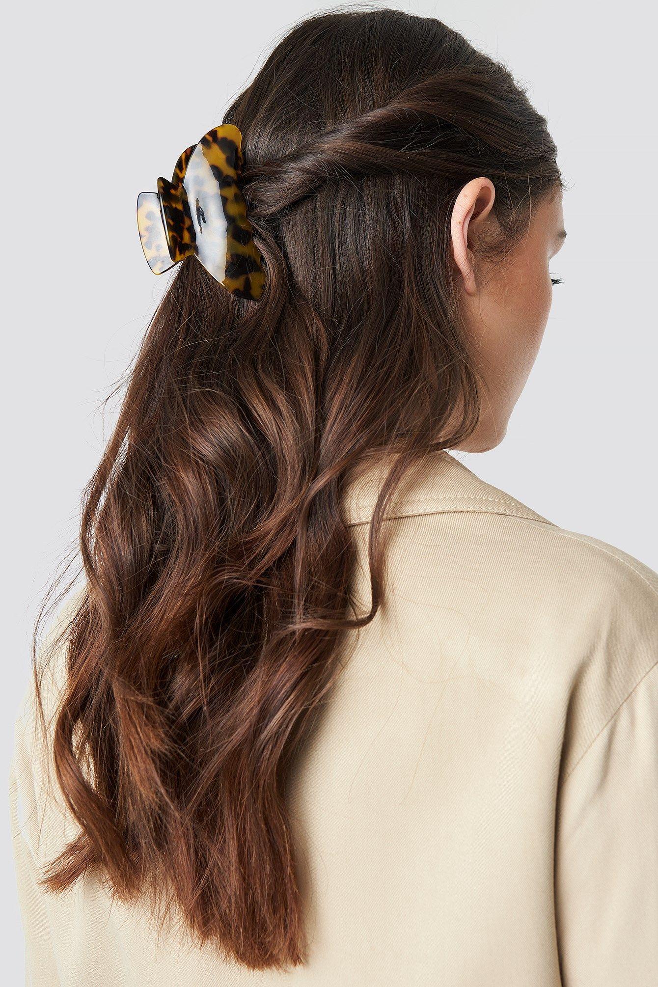 Big resin look hairclip brown hair clips clip