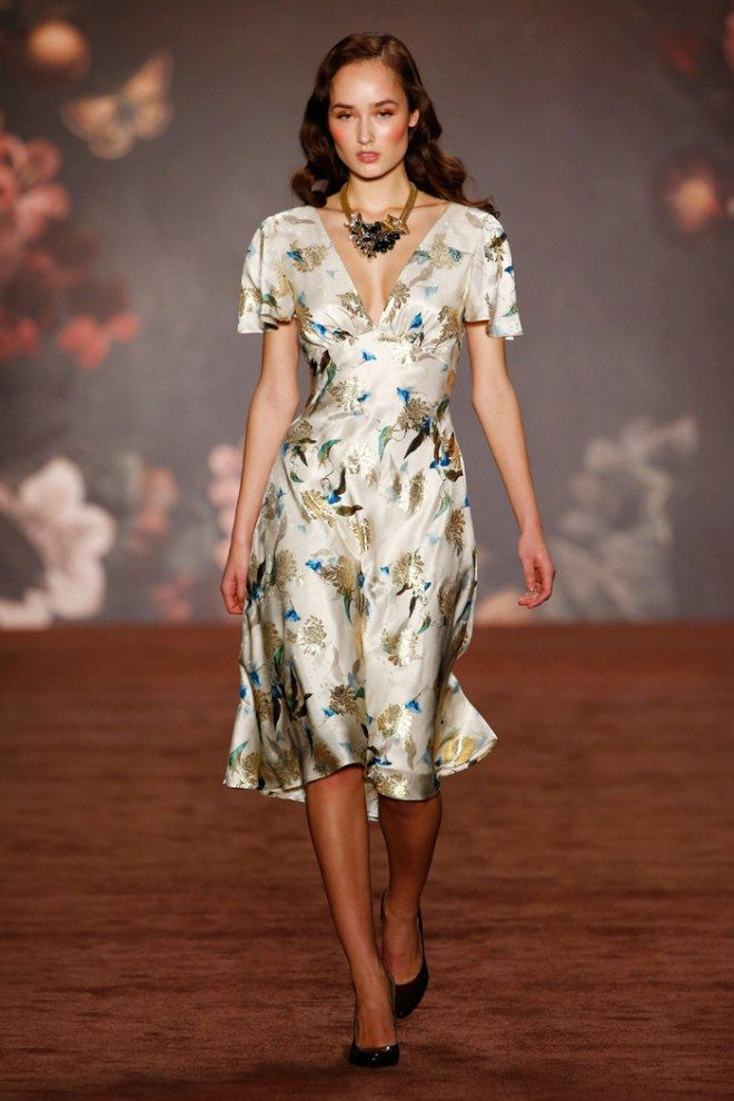 Fashion Week Berlin Lena Hoschek Zeigt Ihre Neue Kollektion