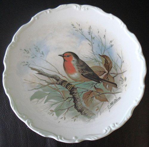 Royal Albert Woodlands Bird Display Plate Robin