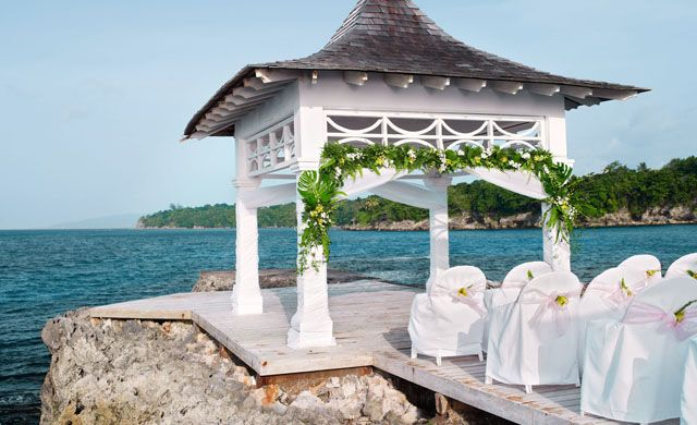Couples Tower Isle All Inclusive Honeymoon Vacation And Wedding Packages In Jamaica Made Easy Save Time Money With The Experts