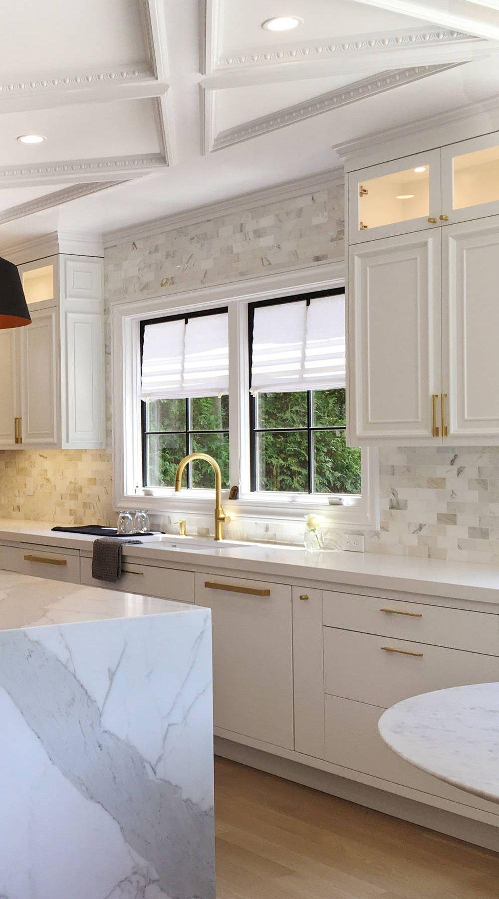 45+ White and gold kitchen backsplash ideas