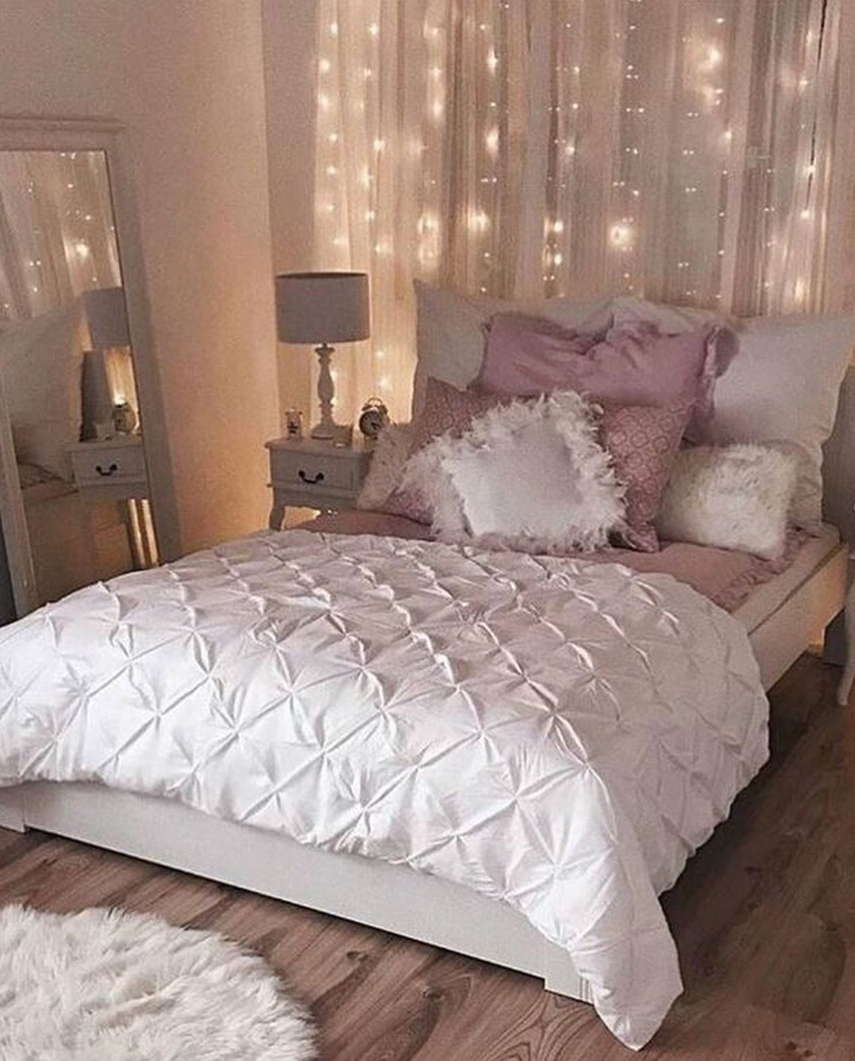 curtains and lights minus pink | Sophie\'s Board | Pinterest ...